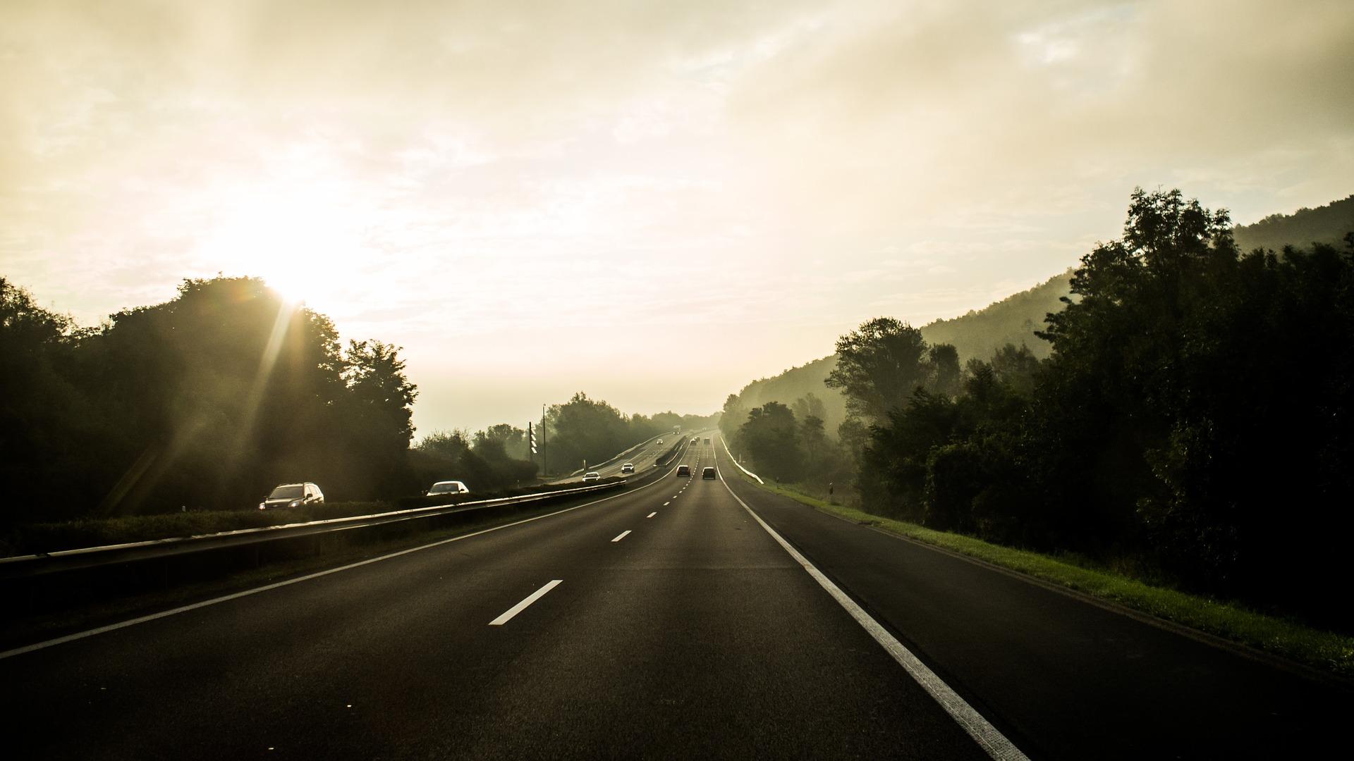 highway-723542_1920